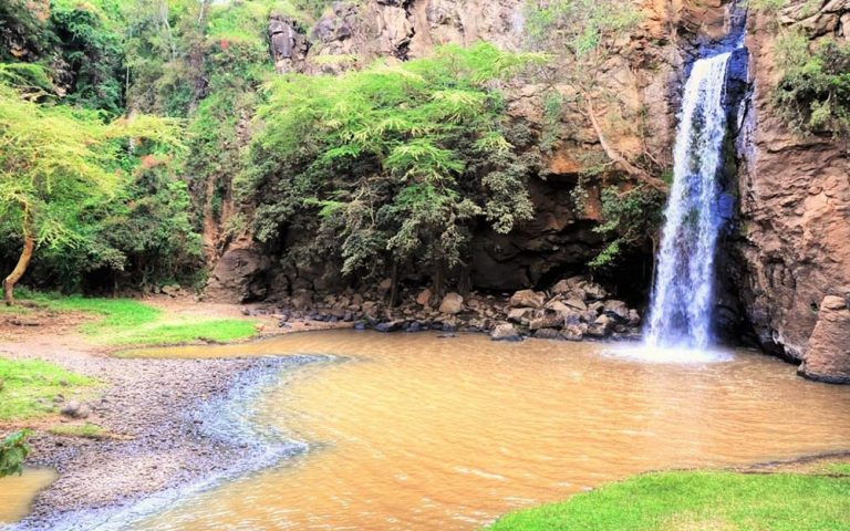 Makaila Water Falls in Lake Nakuru NP