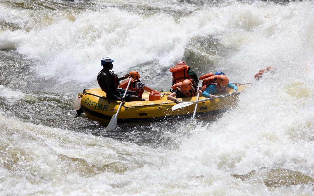 Whitewater rafting in Mana Pools National Park